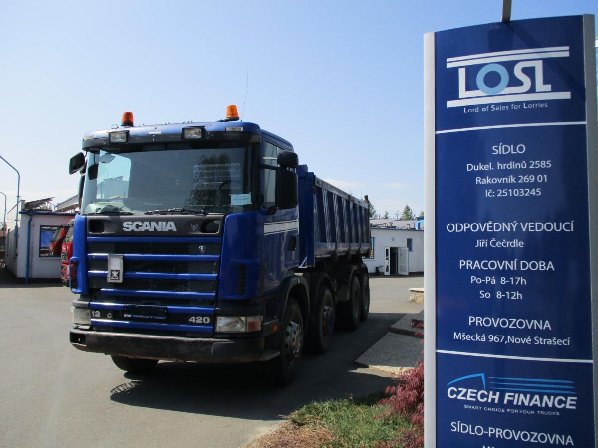 Scania  124 420 8x4 EURO 3 S3